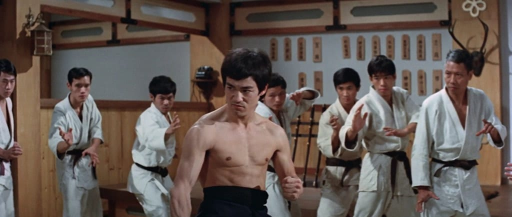 Bruce Lee squares off against a whole Japanese dojo