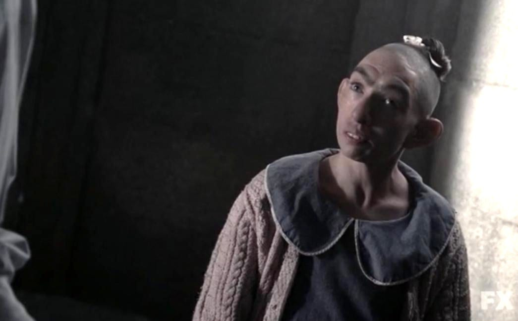 Naomi Grossman as Pepper, the pinhead inmate