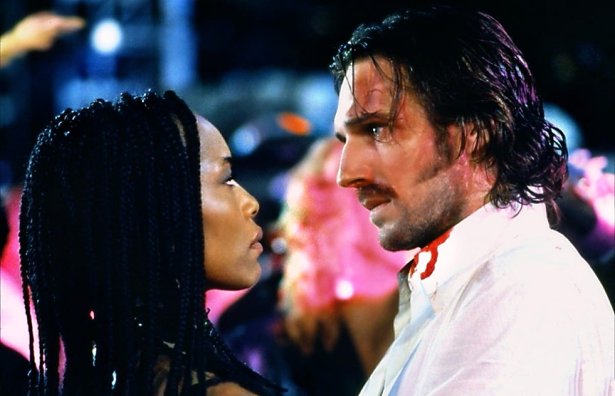 Angela Bassett and Ralph Fiennes in Strange Days