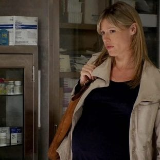 A very pregnant Sarah comes to see Jack