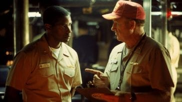 Hunter and Ramsay in the submarine in Crimson Tide