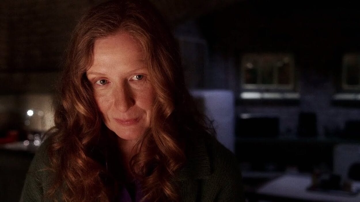Ruth in the Fisher basement in Six Feet Under