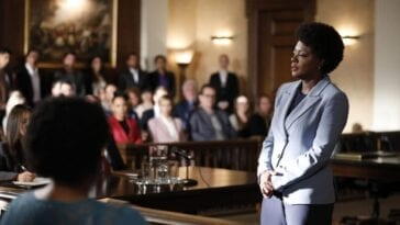 Annalise addresses the jury in the courtroom.