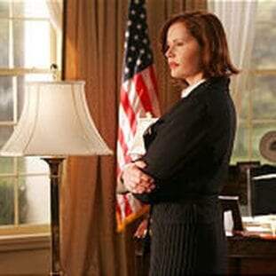Mackenzie Allen (Geena Davis) stands in the Oval Office