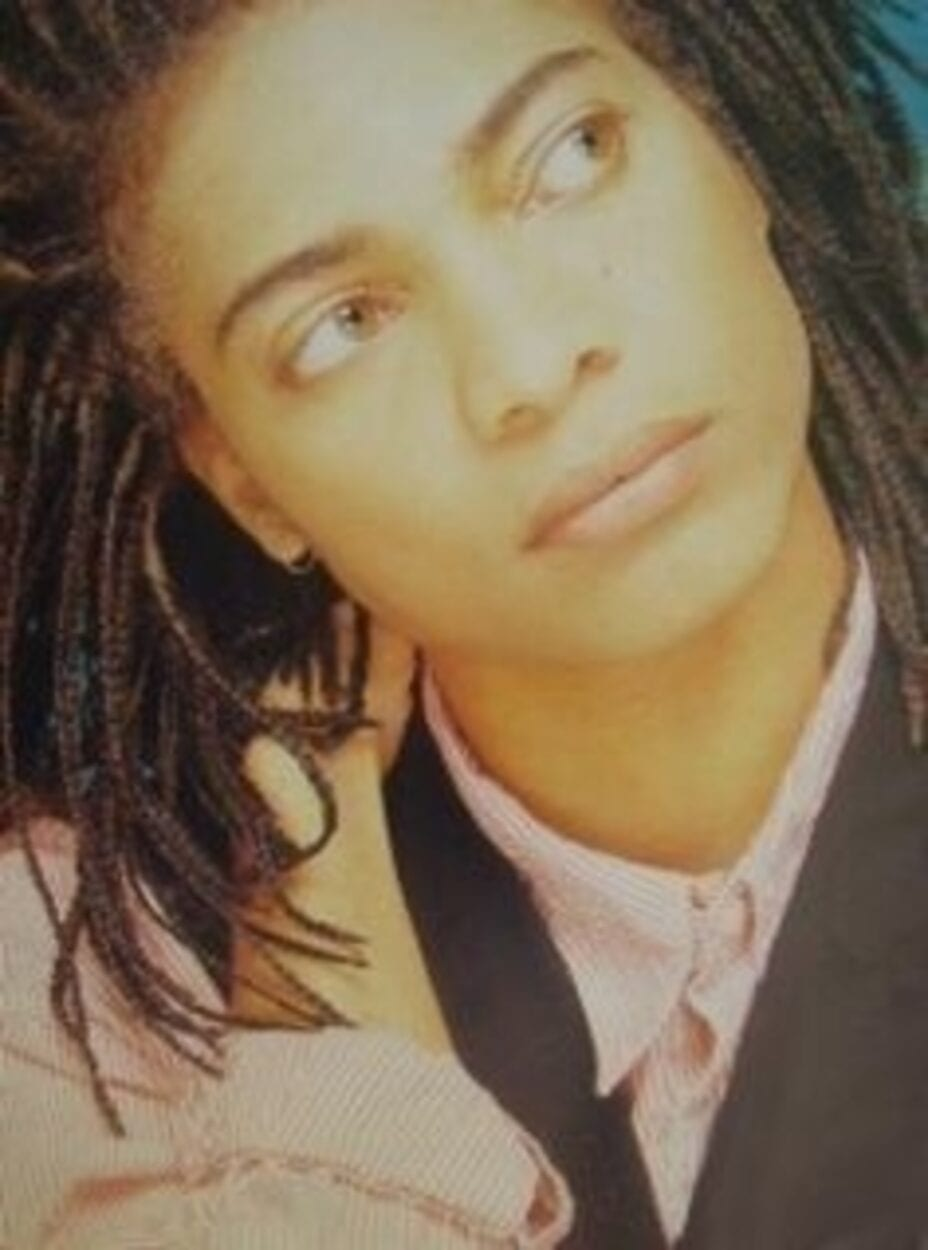 Terence Trent D'Arby looking upwards
