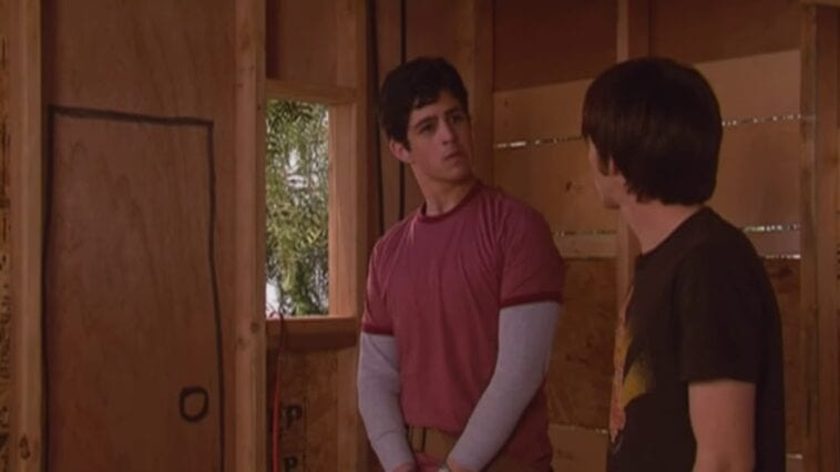 Drake and Josh in an unfinished treehouse, Josh looking at Drake angrily in Drake & Josh