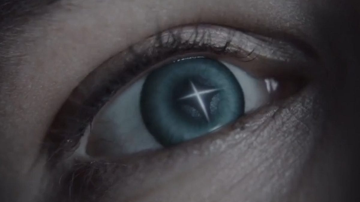 Raised by Wolves - Zoom in on Mother's eye, a cross of light in refected in her pupil