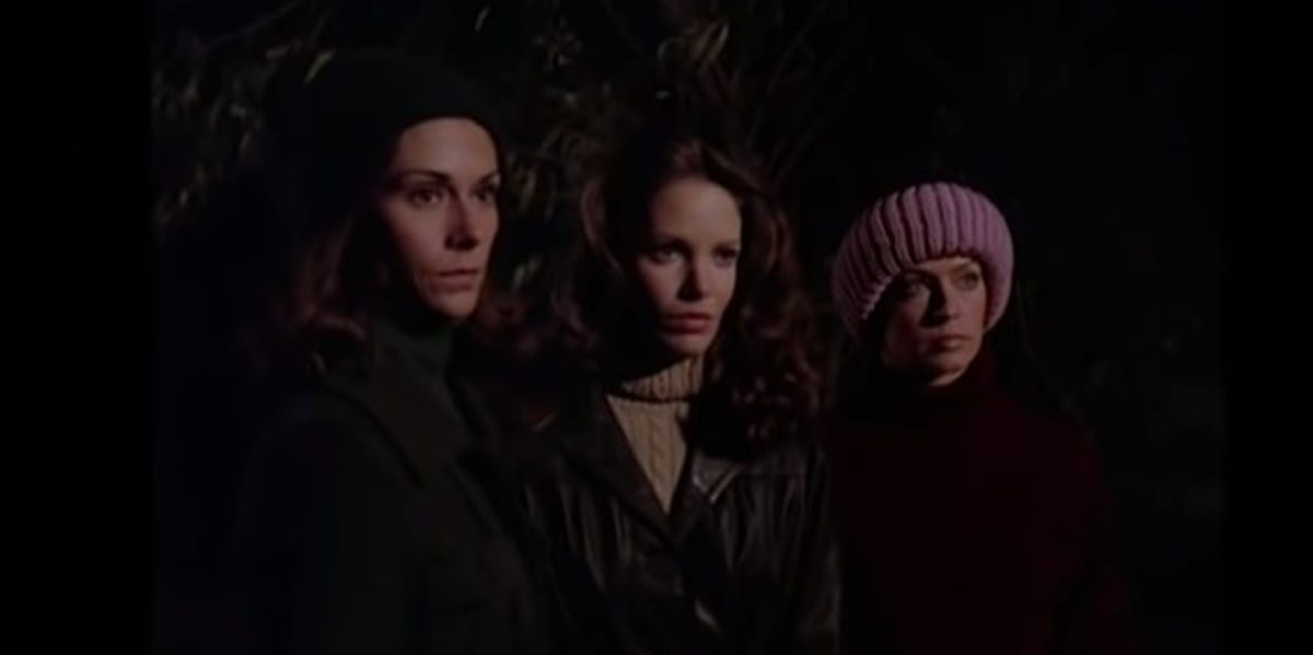 Sabrina, Kelly, and Jill in Charlie's Angels pilot