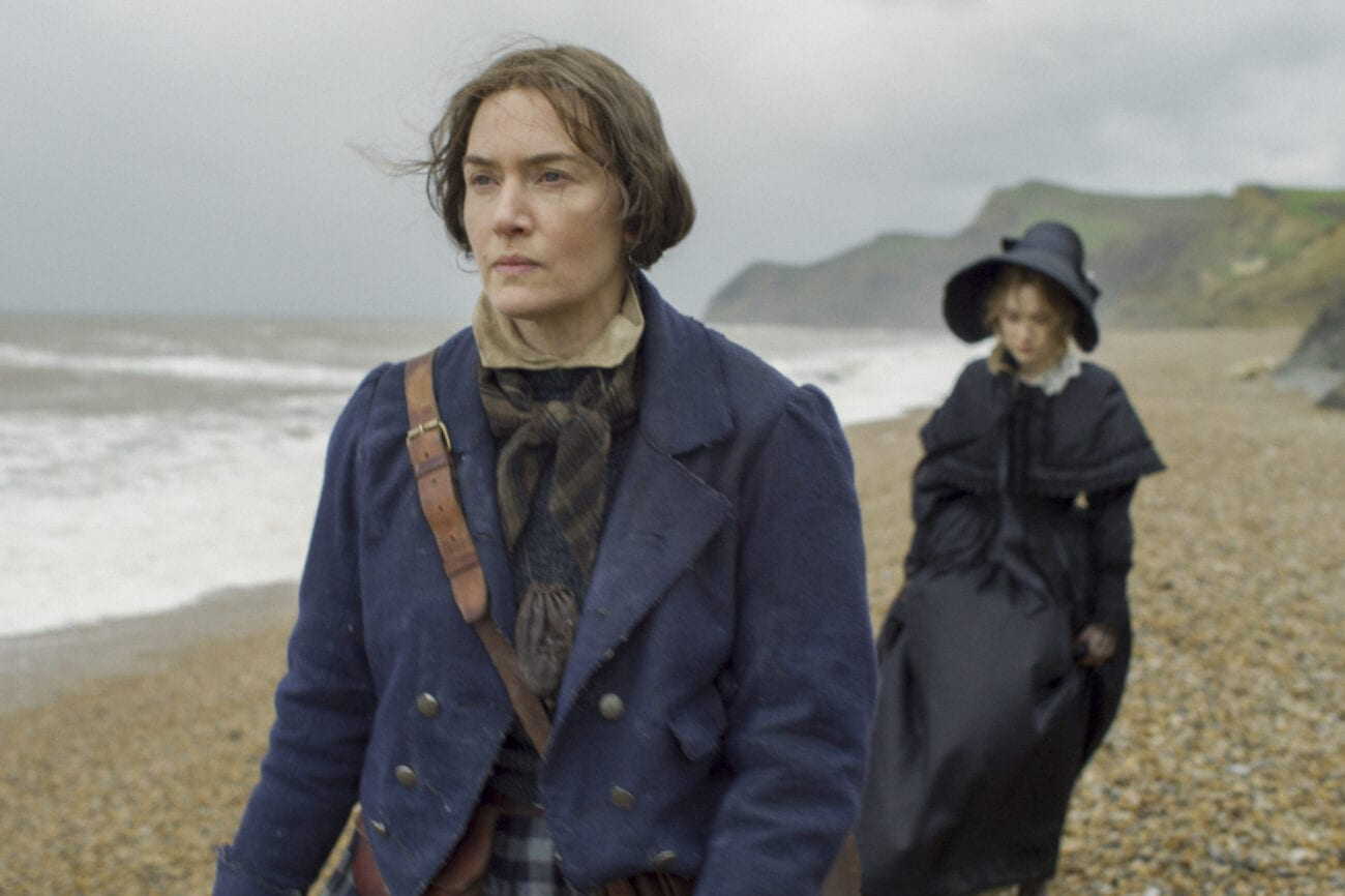 Mary (Kate Winslet) and Charlotte (Saoirse Ronan) walk the beach.