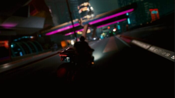Cyberpunk 2077 Screenshot shows a character on a motorcycle
