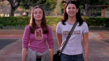 Rory and Lorelai standing next to each other in Gilmore Girls
