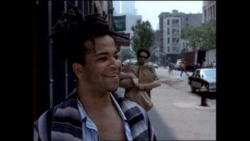 Jeffrey Wright as Jean-Michel Basquiat and Benicio del Toro as his friend, walk down the streets of New York