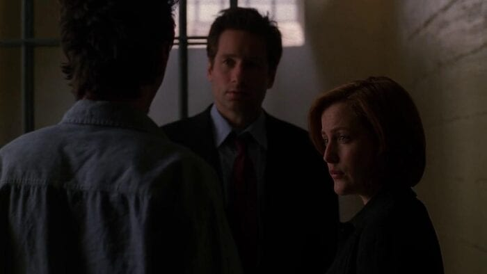 Mulder and Scully speak to Philip Padgett
