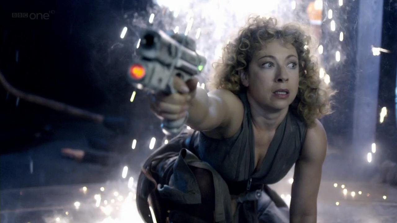 "River Song (Alex Kingston) kills the Silence in the ""Doctor Who"" episode ""Day of the Moon"""