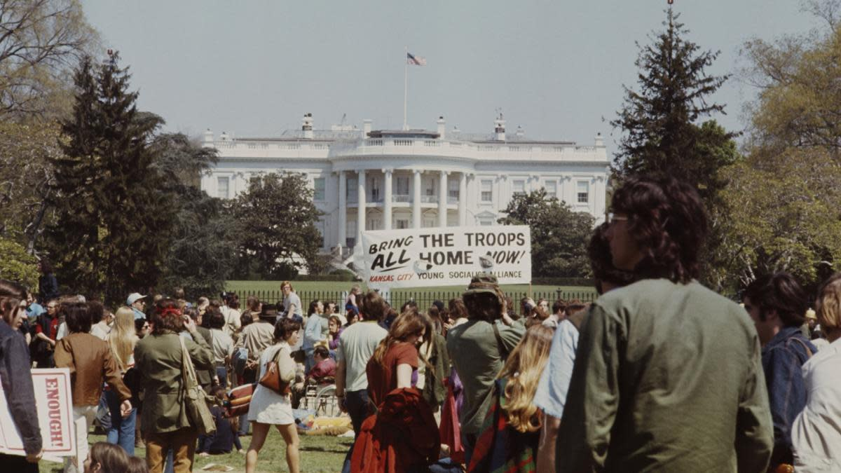 Anti-war protests outside the Nixon White House