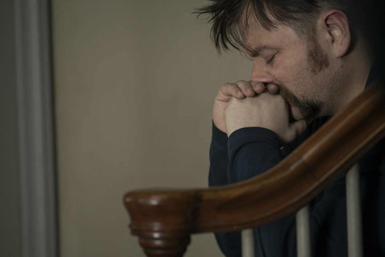 Kenny (Patrick Murney) grieves for his daughter.