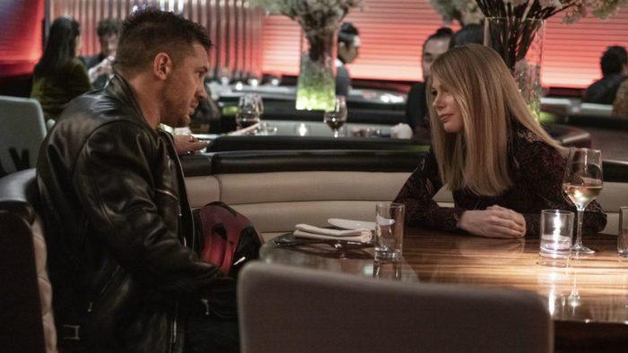Eddie meets Anne for dinner to talk.