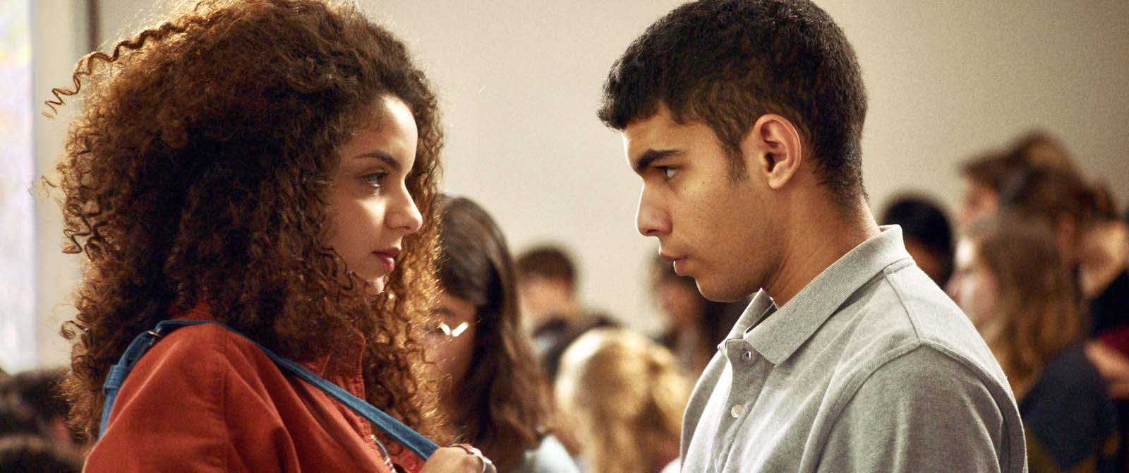 Farah (Zbedia Balhajamor) and Ahmed (Sami Outalbali) experience an immediate attraction when they meet in a lecture